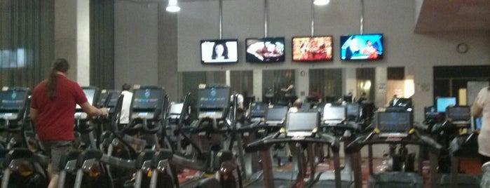 BNU Gym is one of Lugares favoritos de Laura.