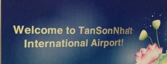 Tan Son Nhat International Airport is one of Free WiFi Airports 2.