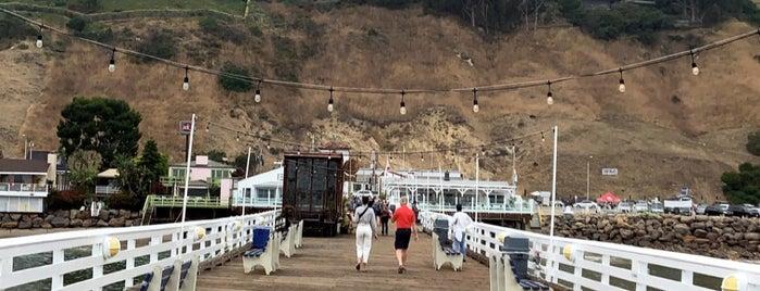 Malibu Beach is one of Locais salvos de Tracy.