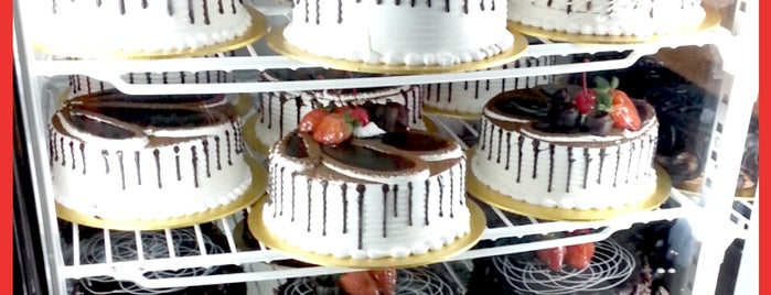 Jenni Homemade Cakes & Bakery is one of Café | Penang.