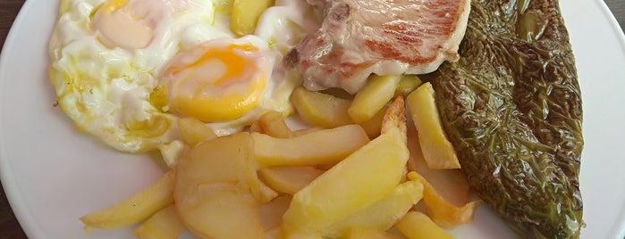 Cafetería Mónica is one of ¿Comemos?.