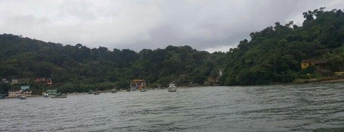 Ilha do Araújo is one of Paraty.