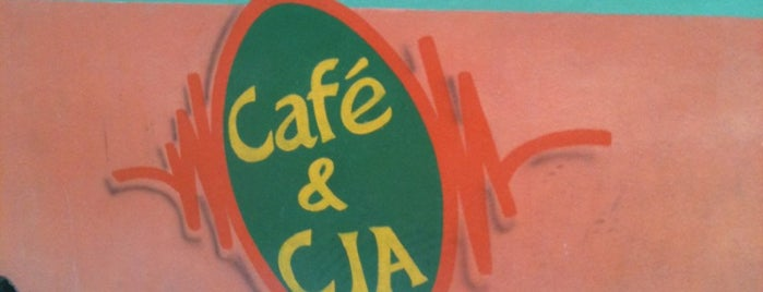 Café & Cia is one of Restaurantes em Campos do Jordão.