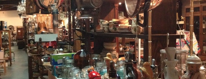 Antiques is one of Boise.