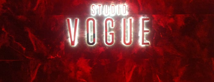 Studio Vogue is one of สถานที่ที่ S... ถูกใจ.