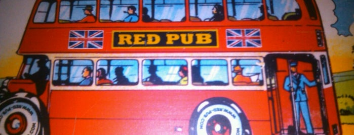 Red Pub is one of antros y bares.