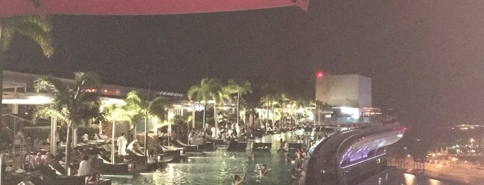 Tower 1 Marina Bay Sands Hotel is one of Lidija'nın Beğendiği Mekanlar.