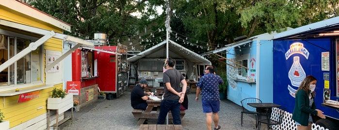 Pik Nik Park Food Carts is one of PDX.