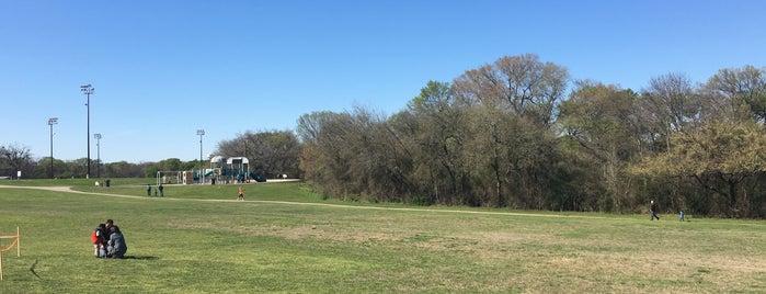 Hoblitzelle Park Trail is one of Posti che sono piaciuti a Breanna.
