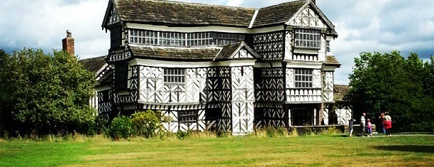 Little Moreton Hall (National Trust) is one of Carlさんのお気に入りスポット.
