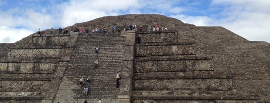 Pirámide de la Luna is one of Idos México e Teotihuacan.