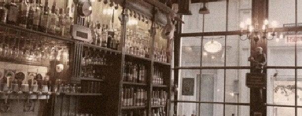 Proeflokaal De Ooievaar is one of Must-visit Bars in Amsterdam.