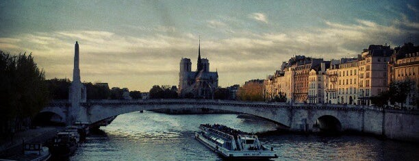 Pont Sully is one of Paris da Clau.