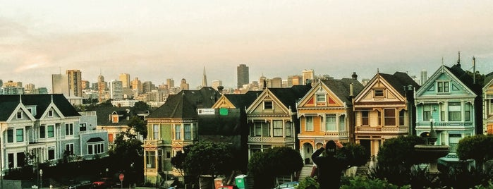 Painted Ladies is one of Tempat yang Disukai Jonathan.