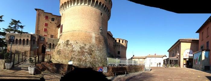 Rocca Di Dozza is one of Castelli Italiani.