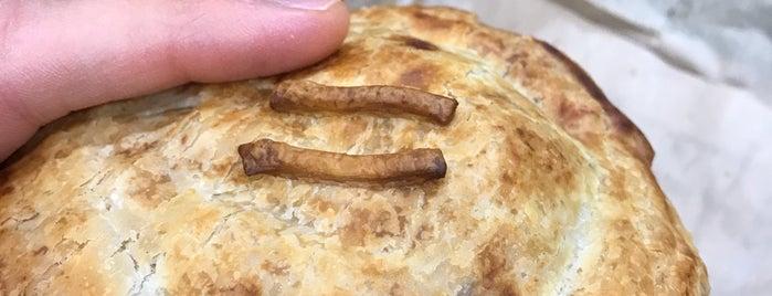 Newtown Pies is one of Duncan'ın Kaydettiği Mekanlar.
