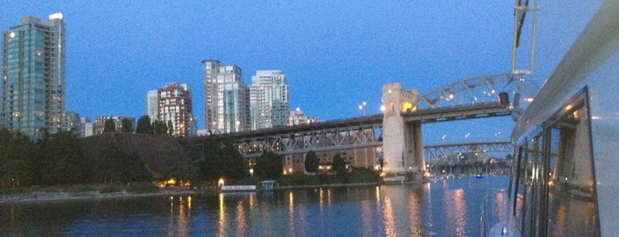 Burrard Street Bridge is one of Cool Places to Chill.