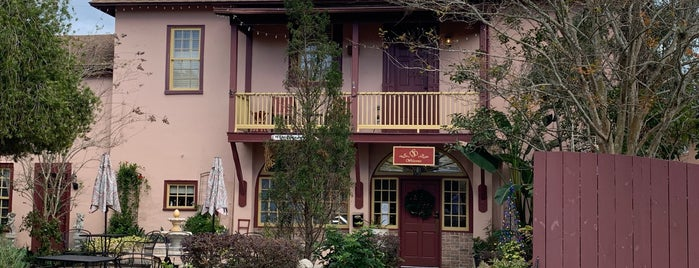 Casa de Solana Bed and Breakfast is one of Rock Star.