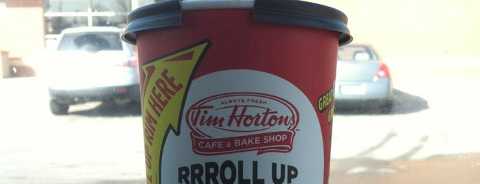 Tim Hortons is one of Lugares favoritos de Andrew.