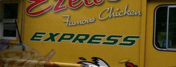 Ezell's Famous Chicken is one of Seattle Food.