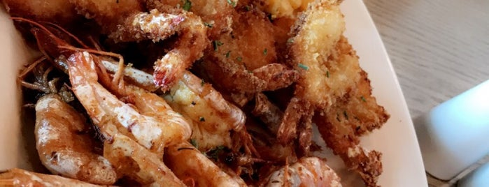 Jimmy's Killer Prawns is one of GCC Must visit.