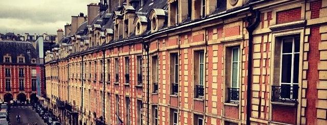 """Maison de Victor Hugo is one of Le parcours """"Pass Jeunes""""."""