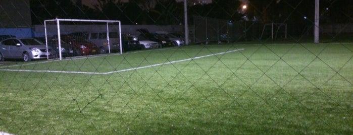 Lawn Tennis Cancha Sintética is one of สถานที่ที่ Jamhil ถูกใจ.