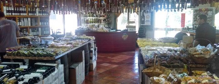 D'Fazenda Queijos e Vinhos is one of Food & Fun - Gramado, Canela, Nova Petrópolis.