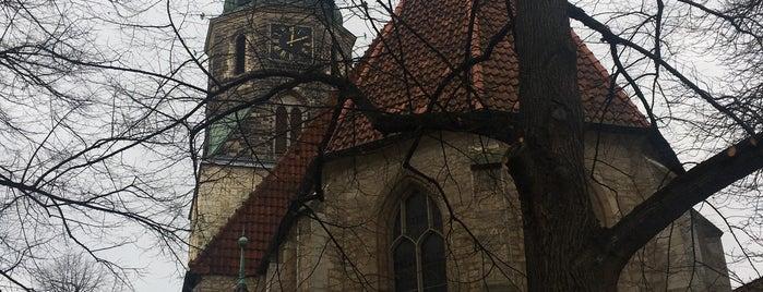 Церковь Святого Креста (Кройцкирхе) is one of Hanover.
