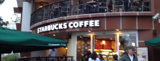 Starbucks is one of Locais curtidos por Buz_Adam.