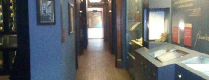 Museo della Frutta Francesco Garnier Valletti is one of Locais curtidos por Dennis.