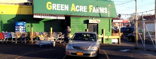 Green Acres Farms Meat & Produce Warehouse is one of Nadine : понравившиеся места.