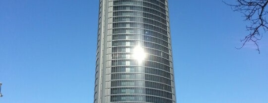 Hotel Eurostars Madrid Tower is one of Hoteles en España.
