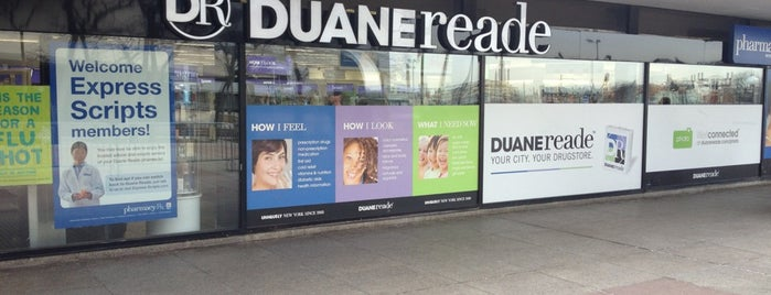 Duane Reade is one of Tempat yang Disukai Lovely.