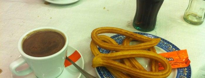 Cafetería Restaurante Prado is one of ♥ Joanna ♥'ın Beğendiği Mekanlar.
