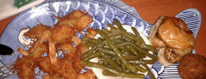 Aunt Catfish's On the River is one of Florida favorites.