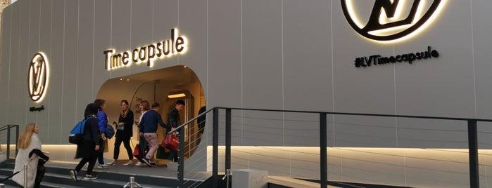 Louis Vuitton Time Capsule is one of Orte, die Pau gefallen.