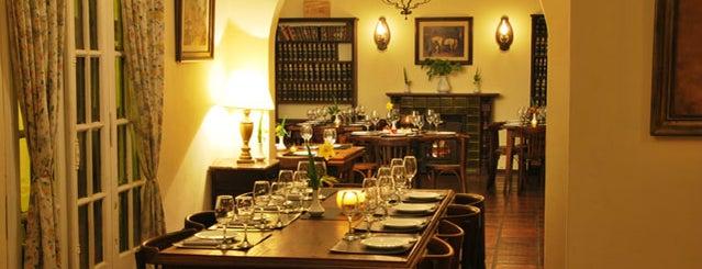El Nogal Restaurante is one of Casas de Te.