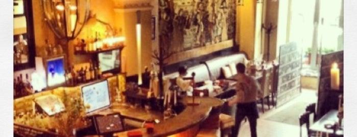 Скромное обаяние буржуазии is one of ресторации москва.