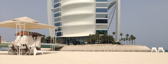 Burj Al Arab Private Beach is one of Tempat yang Disukai Cristi.