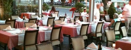 Restaurant M'Ocean is one of Emelさんの保存済みスポット.