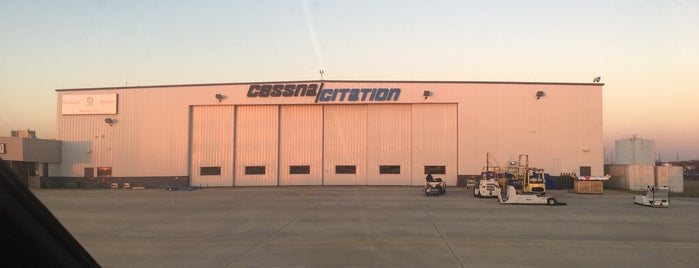 Cessna Citation Service Center (GSO) is one of Hopster's Airports 1.