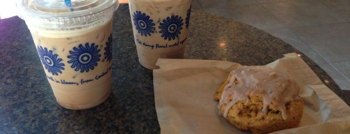 Peet's Coffee & Tea is one of Must-visit Coffee Shops in Los Angeles.