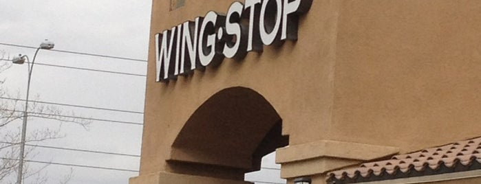 Wingstop is one of Lieux sauvegardés par Rosa.