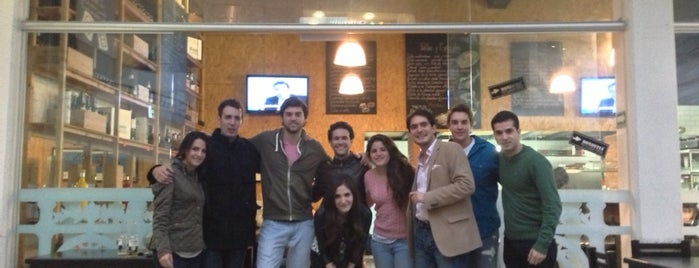 Donostia is one of Restaurantes por probar.