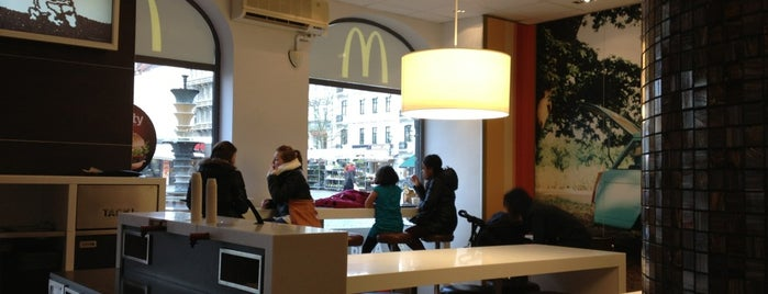 McDonald's is one of Lugares favoritos de Oleksandr.