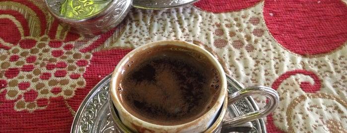 Tarihi Çınaraltı Kahvesi is one of Sieince.