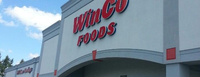 WinCo Foods is one of สถานที่ที่ Stephen ถูกใจ.