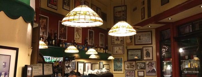 Caffe Puccini is one of Locais salvos de Reinaldo.