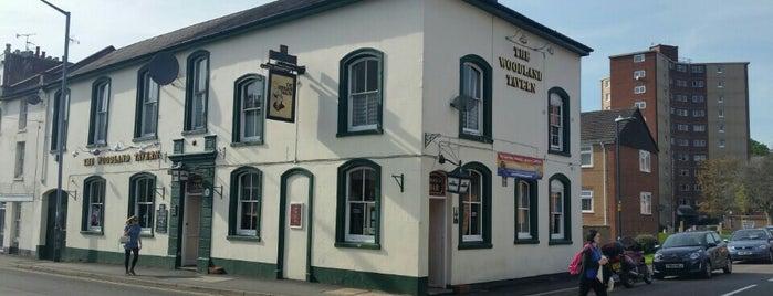 Woodland Tavern is one of สถานที่ที่ Carl ถูกใจ.